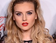 Perrie Edwards kimdir?