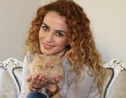Pınar Özer kimdir?